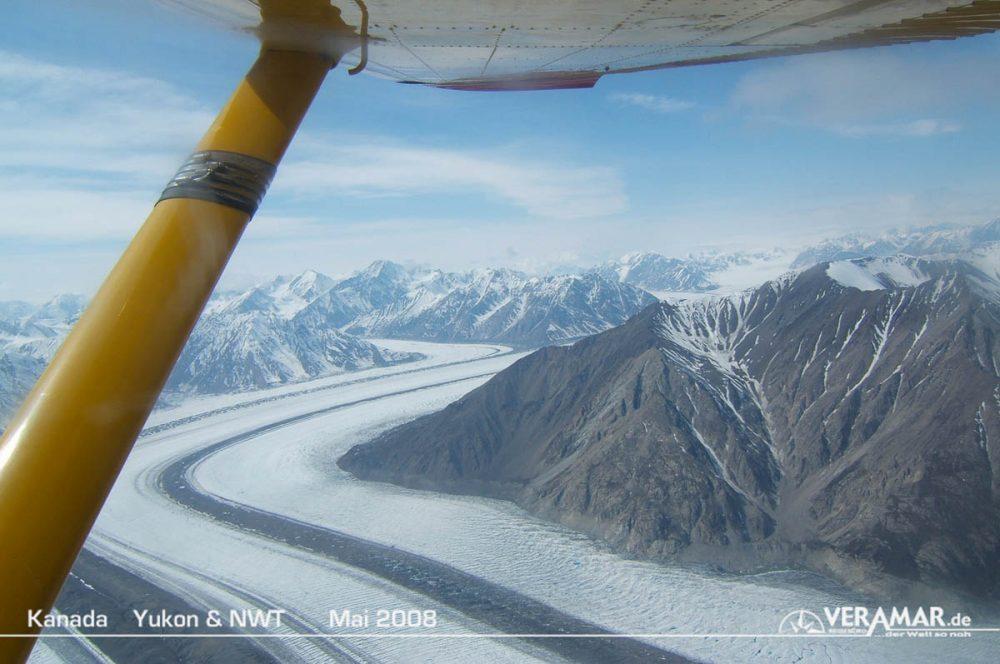 Rundflug Gletscherfeld