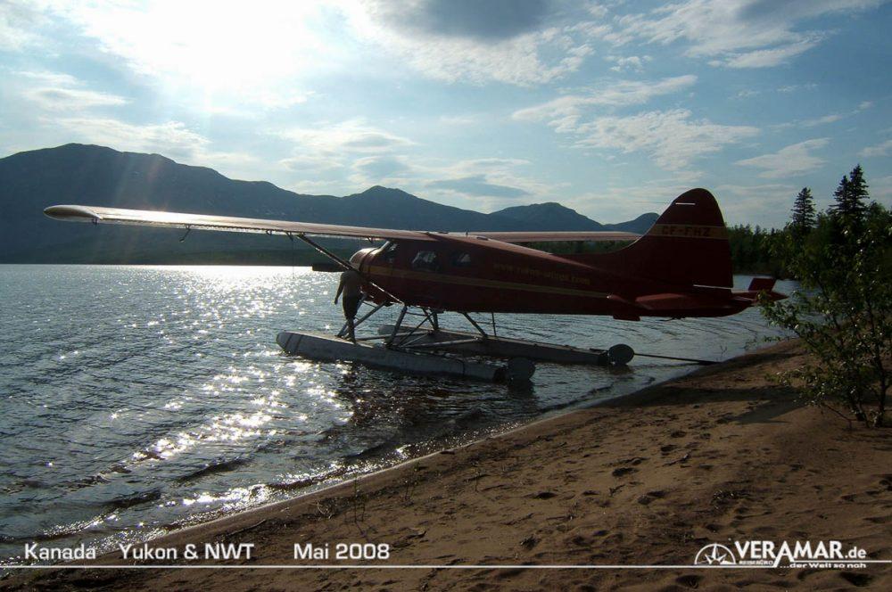 Wasserflugzeug am See